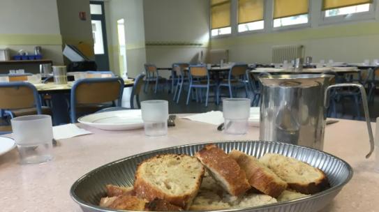 Joué-lès-Tours : du pain bio dans les corbeilles des cantines scolaires